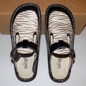 Alegria ALG-427 Patent leather, calf fur EU 37